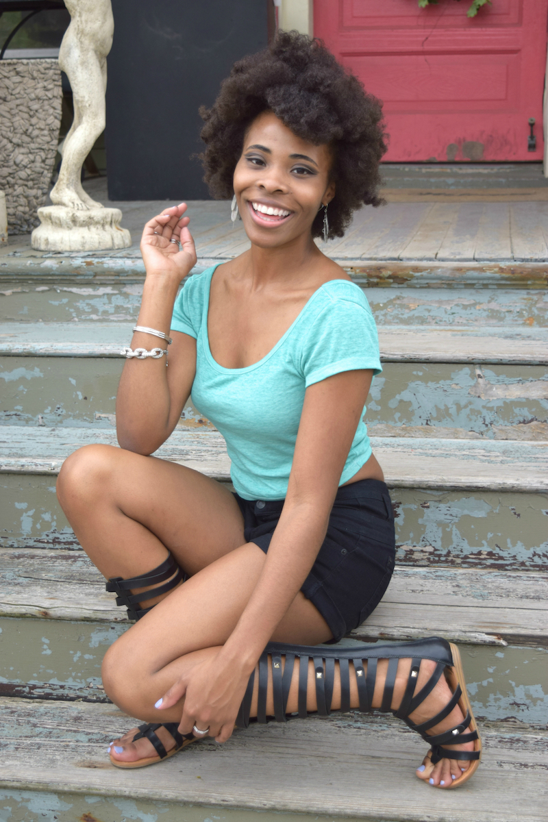 teal-blue-cropped-top-black-denim-shorts-gladiator-sandals