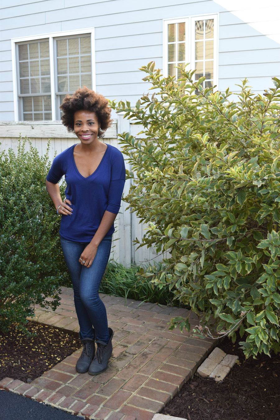 amber-shannon-allthecute-express-one-eleven-cobalt-blue-tunic-tee