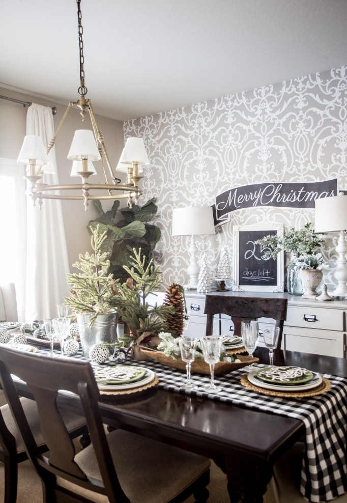 holiday-dining-room-table