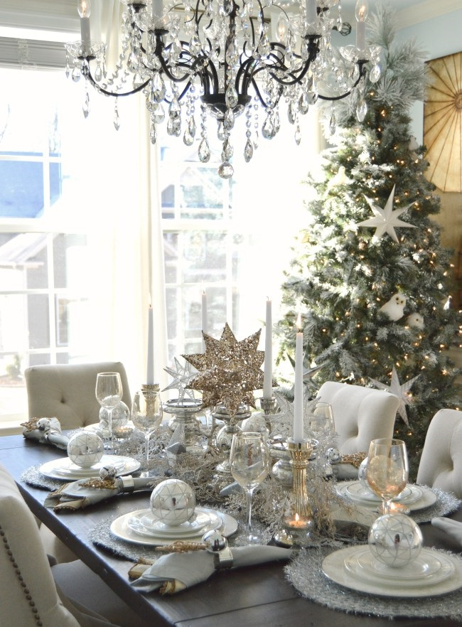 holiday-table-dining-room