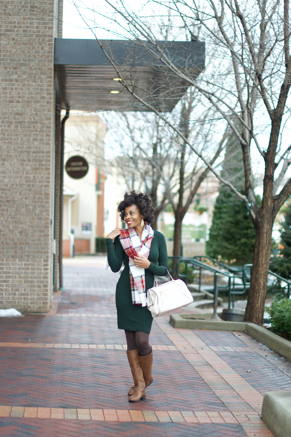 holiday-style-red-plaid-scarf-evergreen-dress